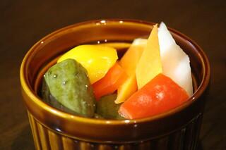 Alvino - 国産のお酢を使った野菜の旨味を活かしたピクルス