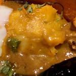 アーユル ベイブ カレー - かぼちゃのポテサラ