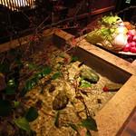 茅乃舎 - 水屋を意識した共通ロビー