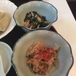 本格水餃子専門 瓦奉店 - 小鉢