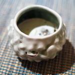 ペペロッソ - 料理写真:タコ墨スープにグリーンピースジェラート
