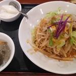 香巷菜 松楽 - 汁なし担々麺880円