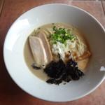 G-men - 料理写真:鶏白湯(塩)