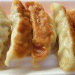天山リゾート レストラン - 餃子。大きいけど…。