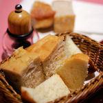 ラ クレアトゥーラ - ランチセットのパン