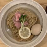 塩たいおう - 料理写真:冷や冷やつけ麺大盛り煮卵950円