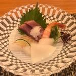 マルホ寿司 - カツオ、マダカ、烏賊、甘海老のお造り
