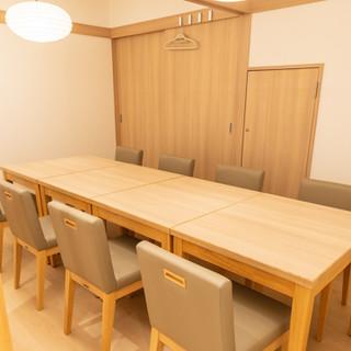 完全個室のプライベート空間は、接待やご宴会にも最適