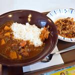 すき家 - サラ旨ポークカレーと、牛皿ミニ
