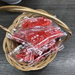 餃子の王将 - 紅生姜頼むと小籠に入れて提供されます。