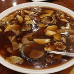 南京町 友好飯店 - アワビのオイスターソース煮