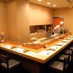 寿司割烹 ○嘉 - カウンター席で、お食事とお話をお楽しみください!