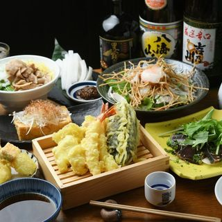 KITSUNEの宴会コース4500円(120分飲み放題込み)