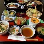 御食事処 朱鷺 - 料理写真:オーダーするのに小っ恥ずかしい「お姫様御膳」を