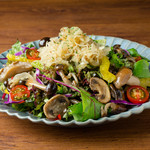 ドイツ風きのこサラダGerman Style Salad with Mushrooms