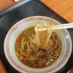 113059003 - 麺のリフトアップ