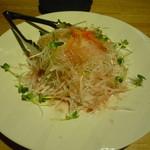 かなえ美食家 - 料理写真:じゃこと大根梅サラダ
