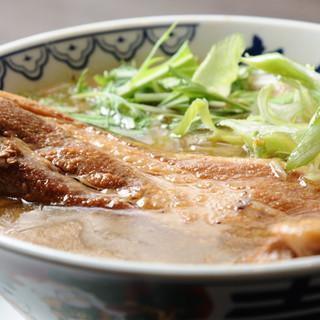 箸で切れるトロトロ角煮が自慢☆一番人気の「角煮ばんから」