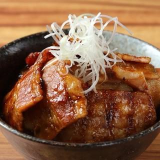 十勝名物炭火豚丼