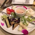 113070698 - 彩り野菜のバーニャカウダ