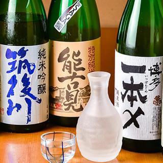 地酒から定番ドリンクまで各種豊富に取り揃えております。