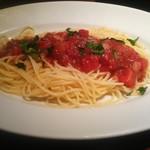 113073448 - 夏の定番 富良野のこだわりトマトたっぷりの冷製スパゲッティ