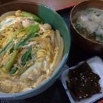 味希亭 - 料理写真:親子丼、660円