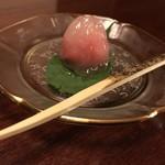 懐石 辻留 - 水牡丹(葛菓子)