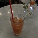 山猫軒 - ランチのドリンク グレープフルーツジュース