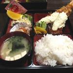 食季楽 風香 - 大エビフライ定食。600円で、こげん太かエビフライが付いた定食はお得ばい!