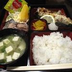 食季楽 風香 - 塩サバ定食も600円。