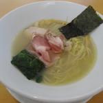 麵屋 BISQ - 料理写真:貝の潮そば