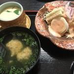 鮨処寺田 - 茶碗蒸し 吸い物 サラダ