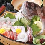 活魚料理やま幸 - 料理写真:舟盛り一例