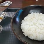 あんくる - 料理写真:カレー大盛 手前がチキン 奥がビーフ