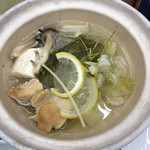 菊水 - 土鍋の中身です