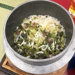 菊水 - ちりめん高菜炊き込み御飯です