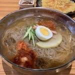 栄香苑 - 冷麺