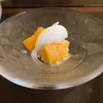 113108022 - 宮崎産マンゴーとそのセミフレッド 牛乳のデザート添え