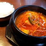 11311002 - スンドゥブチゲ定食(980円)
