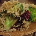 Dining×Diving LIKKLE MORE - シラスとブロッコリーのガーリックソテー