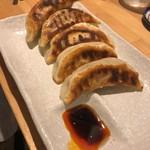 汁なし担担麺と魚介そば sirusi - 餃子