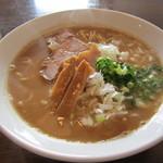 麺や 高野 - 豚骨魚介醤油らぁ麺