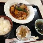 蔵王飯店 - スブタ定食 962円