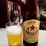 平尾酒店 - ドリンク写真:瓶ビール(サッポロラガー) 400円