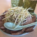 ラーメンショップ - 料理写真:ネギチャーシュー麺+ネギ増し♪