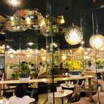 マヅラ喫茶店 - とても煌びやか☆°。⋆⸜(* ॑꒳ ॑* )⸝