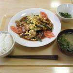 キッチンカズ - 豚バラ肉と白菜の味噌炒め定食