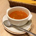 ピコティ ピコタ - ブーケサラダ(1,500円 +税)ポテトフライ・スープ付きのスープ