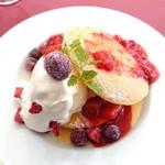 カフェ&ダイニング 沙久良 - マスカルポーネチーズのパンケーキ